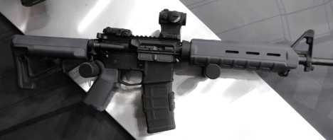 Magpul Stealth Gray - STR stock, MOE grip and Midlength Forend